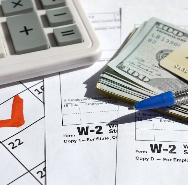 obniżenie kosztów płac
